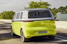 volkswagen concept van official all electric vw buzz cargo van confirmed for production