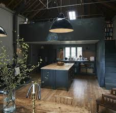 cuisine style loft cuisine style loft industriel 11 carrelage mural noir