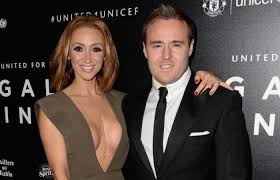 coronation street hair transplants street tyrone dobbs actor alan halsall undergoes hair transplant