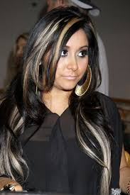 chunking highlights dark hair pictures black hair with blonde highlights blonde chunks hair pictures