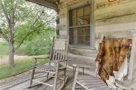 Comfort Tx Bed And Breakfast Town Creek Log Cabin In Fredericksburg Texas B U0026b Rental