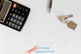bureau des hypoth鑷ue contrat d hypothèque et clés au bureau télécharger des photos