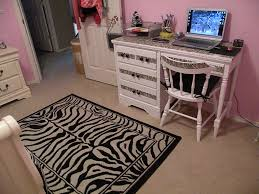 zebra bedroom decor by a designer touch on the room furniture with