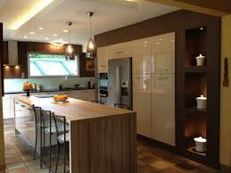 cuisine ouverte ilot central cuisine amenagee avec ilot central cuisine ilot idées