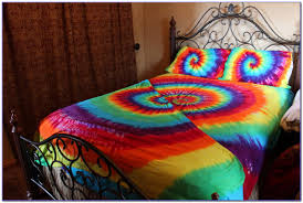 tie dye bed sheets etsy bedroom home decorating ideas 0ao32vnzke