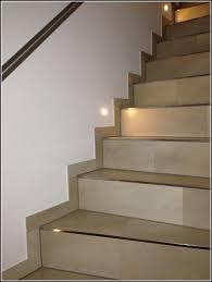 treppe dekorieren sisal teppich auf treppe verlegen teppiche hause dekoration with