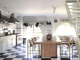decoration cuisine ancienne cuisine ancienne cagne 12 avec d coration des grandes cuisines