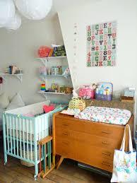 chambre retro chambre vintage pour bébé grâce à la récup de maman décoration