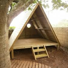 Backyard Forts For Kids Best 25 Simple Playhouse Ideas On Pinterest Diy Playground