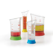 amazon com oxo good grips 4 piece mini measuring beaker set
