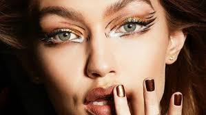 makeup artist gigi hadid s makeup artist erin parsons officially signs with