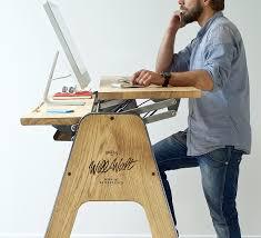 bureau pour travailler debout bureau debout pour le bien être au travail flipboard premium