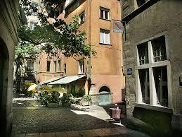 chambre d hote à lyon chambres d hôtes lyon renaissance côté cour côté jardin vieux lyon