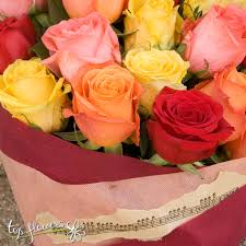 colorful roses flowers delivery classic bouquet of 11 colorful roses fresh