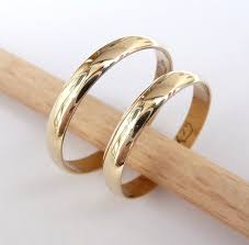classic wedding rings wedding ring set hers and hers 14k gold rings 3mm wide by 1mm