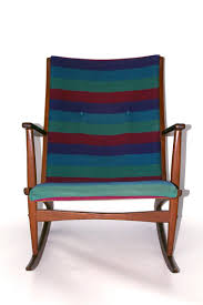 Early American Rocking Chair Discover Vintage Rocking Chairs Online At Pamono