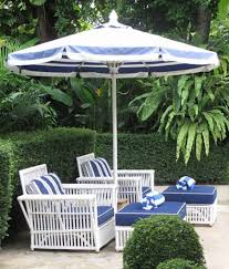 Blue And White Striped Patio Umbrella Best Outdoor Patio Umbrellas A Twist On The Expected Summer