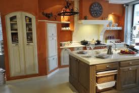 cuisine legrand cuisine traditionnelle avec poignees legrand haut de
