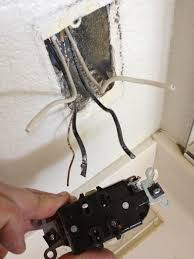 how to replace an electrical outlet snapguide