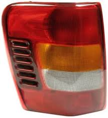 2004 jeep grand cherokee tail light assembly fits 2002 2004 jeep grand cherokee driver left rear tail light