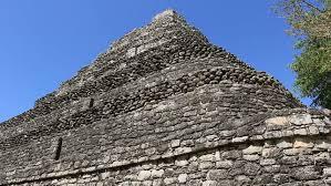 imagenes mayas hd chacchoben mayan ruins templo 1 pyramid 3 mayan ruins at the