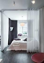 separateur de chambre la séparation de pièce amovible optez pour un rideau bedrooms