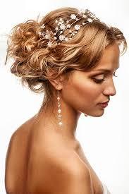 Hochsteckfrisurenen Hochzeit Romantisch by Romantik Braut Im Undone Look Frisuren Für Die Hochzeit