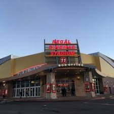 Northern Lights Theater Salem Regal Cinemas Lancaster Mall 11 14 Photos U0026 23 Reviews Cinema