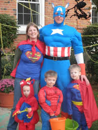 halloween costumes for family of 3 with a baby family of 4 halloween costume ideas