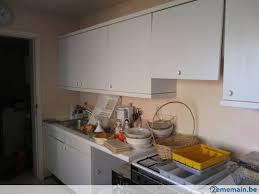 demonter une hotte de cuisine cuisine équipée à démonter sur place avec hotte et évier a