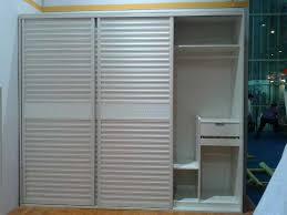 Sliding Louvered Closet Doors Louvered Sliding Closet Doors Adeltmechanical Door Ideas