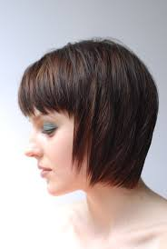 pictures of medium length layered bob hairstyles 36 best chez le coiffeur images on pinterest hairstyles short
