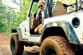 tropical cuties dely set 19 pictures that prove girls who drive jeeps have more fun whiskey