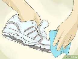 what s the best way to clean white kitchen cabinets 4 ways to clean white shoes wikihow