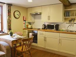 leeds castle holiday cottages weir cottage ref 27987 in