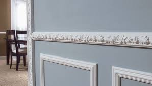 how much does it cost to install base cabinets install moulding