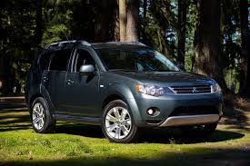mitsubishi crossover models mitsubishi outlander compact crossover with third row new on