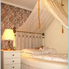 Sheer Curtains Over Bed Sheer Drapes Over Bed Torahenfamilia Com The Reason On Why Many