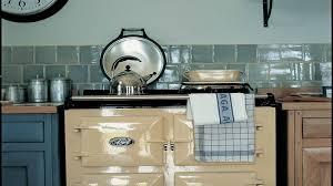 cuisine grange relooker une cuisine rustique en moderne rnover une cuisine