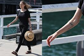 angelina jolie shows off new tattoo 9thefix