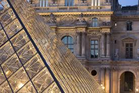 how to enjoy the louvre museum in paris