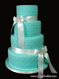 tips and ideas to make 4 tier wedding cakes for your big moment