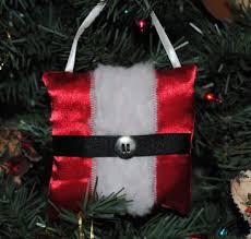 handmade tree ornaments how to make a santa pillow