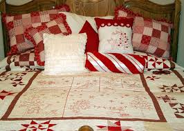 Ideas For Christmas Quilts by 83 Best Christmas Bedding Images On Pinterest Christmas Bedding