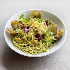 cuisiner les coques recette de spaghettis verde alle vongole aux coques et palourdes rapide