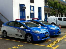 site oficial da toyota duas unidades do toyota prius passam a integrar frota da polícia