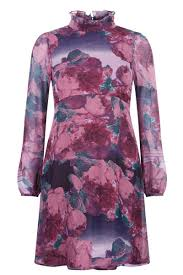 muted florals dress traffic people
