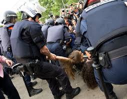 represion del pueblo
