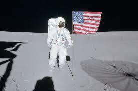 American Flag On The Moon Edgar Mitchell Sixth Astronaut To Walk On The Moon Dies At 85