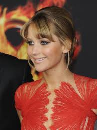 jennifer lawrence u0027s best hunger games premiere beauty looks glamour